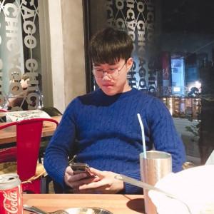 Geon Woong Kim